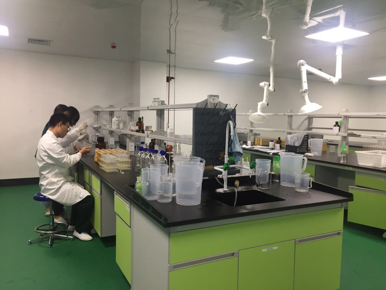 QC实验室3.jpg